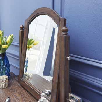 Vanity & Mirror - Close Up 1
