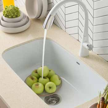 31-1/2'' Sink Lifestyle View 4
