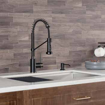 Matte Black/Black Stainless Steel - Faucet Close Up 3
