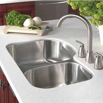 Houzer Medallion Designer Series 70/30 Undermount Double Bowl Sink