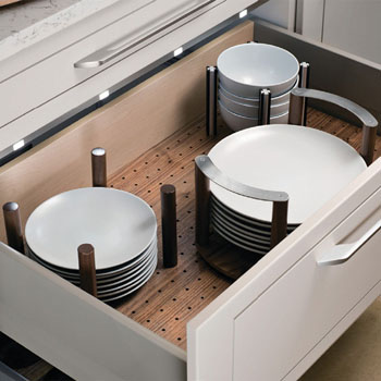 Deep Drawer Inserts Amp Peg Systems An Easy Way To Keep