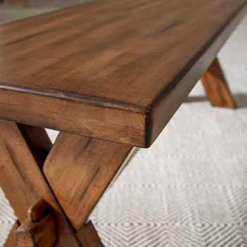 Bench - Close-up 1