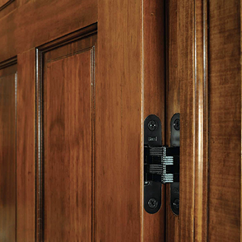 SOSS® Invisible Hinge in Use