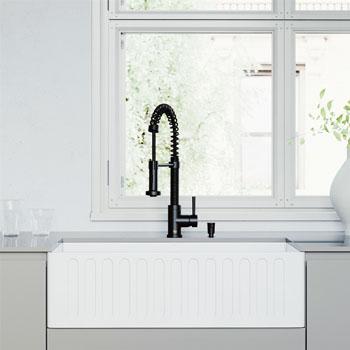 Faucet in Matte Black Lifestyle 1
