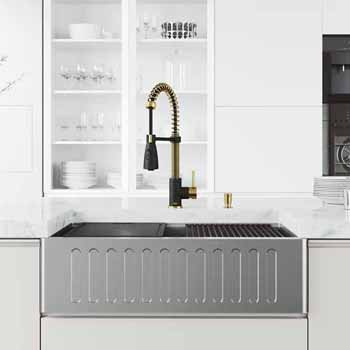 33'' Sink w/ Brant Faucet in Matte Brushed Gold and Matte Black