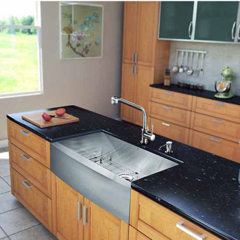 Vigo All In One 36-Inch Farmhouse Stainless Steel Kitchen Sink And Faucet Set