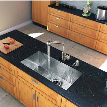Vigo All In One 30-Inch Undermount Stainless Steel Kitchen Sink And Faucet Set