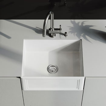Gramercy Pull-Down Faucet Close-up