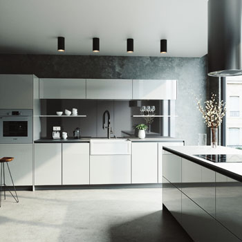 Sink and Norwood Magnetic Faucet Lifestyle 1
