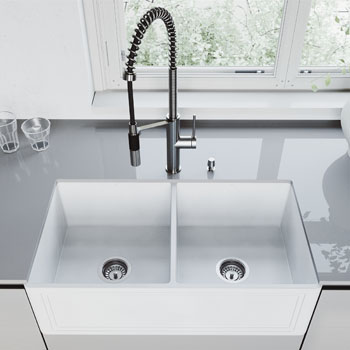 33'' Sink with Livingston Faucet Lifestyle View 3