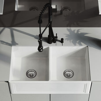 33'' Sink with Zurich Faucet Lifestyle View 3