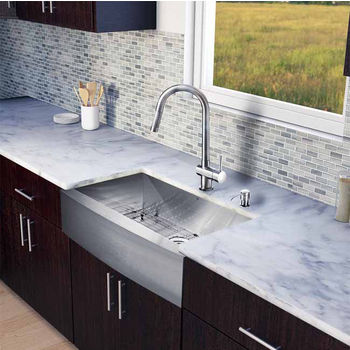 "Vigo All in One 33"" Farmhouse Stainless Steel Kitchen Sink and Faucet Set, VIG-VG15127"
