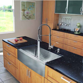 "Vigo All in One 33"" Farmhouse Stainless Steel Kitchen Sink and Chrome Faucet Set, VIG-VG15201"