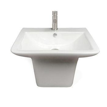 Front w/ Faucet
