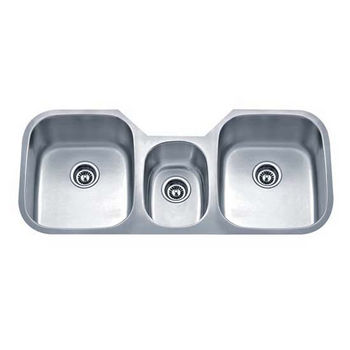 Wells Sinkware 18 Gauge Undermount Triple Bowl Stainless Steel Matte  Finish, Package Includes 3 Protection Grids And 3.
